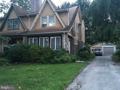 Delaware County Single Family Home For Sale: 634 Country Club Lane