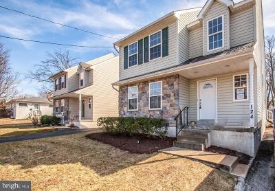 Folsom PA Single Family Home For Sale: $299,900
