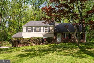 Newtown Square Single Family Home Active Under Contract: 311 Oak Hill Lane