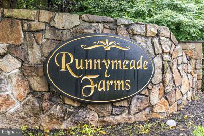 Single Family Home For Sale: 14 Saddle Run