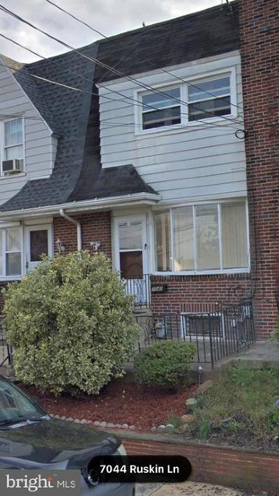 Upper Darby Townhouse For Sale: 7042 Ruskin Lane