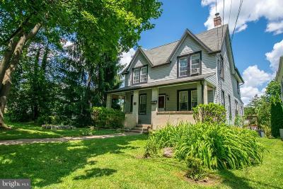 Media Single Family Home For Sale: 623 Summer Street