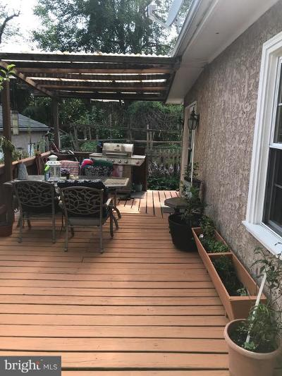 Lansdowne Single Family Home For Sale: 52 Hirst Avenue