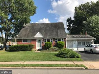 Delaware County Single Family Home For Sale: 2348 Armstrong Avenue