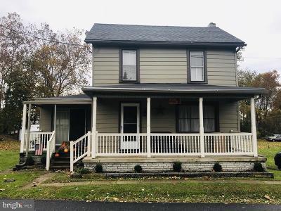 Waynesboro Single Family Home For Sale: 11966 Pen Mar Road