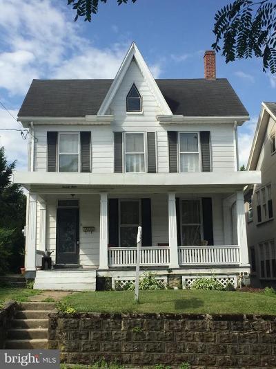 Waynesboro Single Family Home For Sale: 24 E Second St.