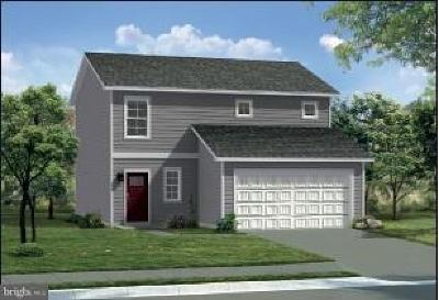 Chambersburg Single Family Home For Sale: Sutherland Court #GLENSHAW