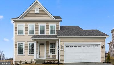 Chambersburg Single Family Home For Sale: Crestwood Drive #CYPRESS