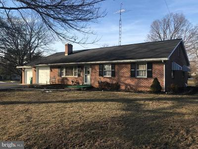 Chambersburg Single Family Home For Sale: 1825 Lincoln Way E