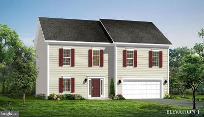 Chambersburg Single Family Home For Sale: Crestwood Drive #BAYBERRY