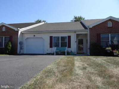 Chambersburg Townhouse For Sale: 2515 Sherry Drive