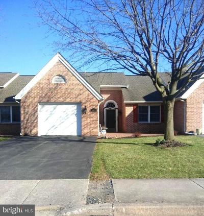Chambersburg Townhouse For Sale: 1028 Orchard Drive