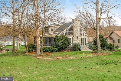 Fayetteville Single Family Home For Sale: 6824 Fairway Drive E