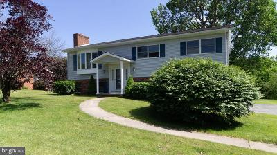 Chambersburg Single Family Home For Sale: 1630 West Strohm