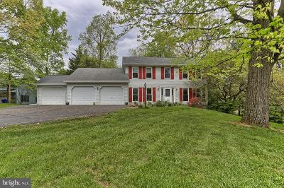 Fayetteville Single Family Home For Sale: 6241 Greenbriar Terrace