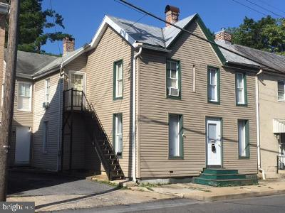 Chambersburg Multi Family Home For Sale: 376 Lincoln
