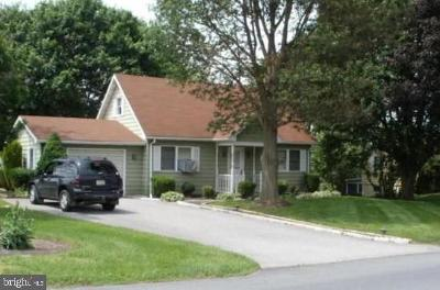 Shippensburg Single Family Home For Sale: 9731 Possum Hollow Road