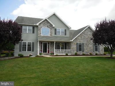Chambersburg Single Family Home For Sale: 1751 Barnegat Light Drive