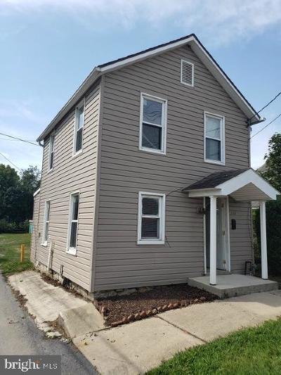 Chambersburg Single Family Home For Sale: 138 E South Street
