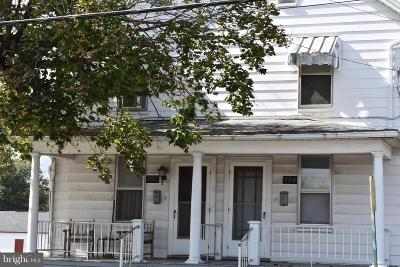 Mercersburg Townhouse For Sale: 202 North Main