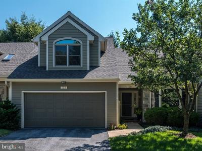 Lancaster Condo For Sale: 128 Deer Ford Drive