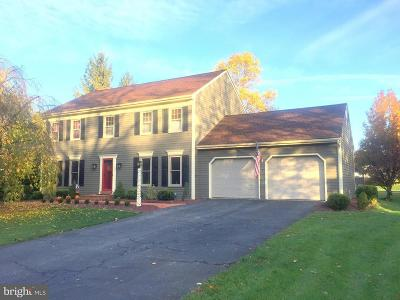 Lancaster Single Family Home For Sale: 393 Chowning Place