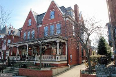 Lancaster Single Family Home For Sale: 636 W Chestnut Street
