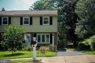Single Family Home For Sale: 3 Applewood Lane