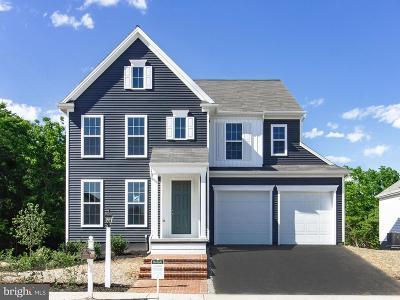 Lancaster Single Family Home For Sale: 1105 Edgemoor Drive