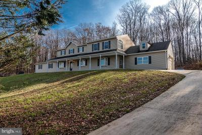 Quarryville Single Family Home For Sale: 259 Lamparter Road