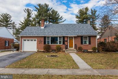 Elizabethtown PA Single Family Home For Sale: $215,000