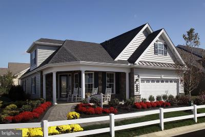 Lititz Single Family Home For Sale: 442 Valor Drive #259
