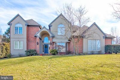 Lancaster Single Family Home For Sale: 2112 Mallard Drive