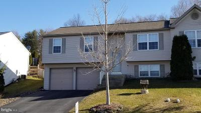 Denver Single Family Home For Sale: 201 Beech Street