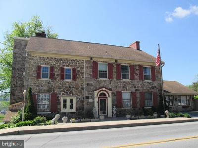 Narvon Single Family Home For Sale: 2100 Main Street