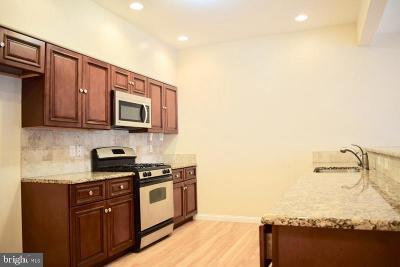 Lancaster Single Family Home For Sale: 619 E Chestnut Street