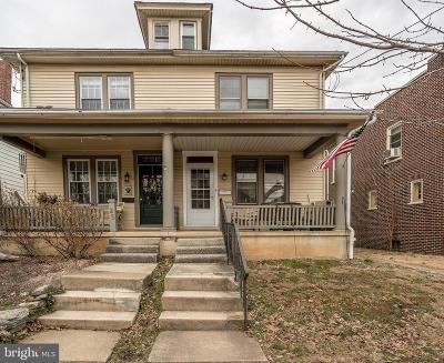 Lititz Single Family Home For Sale: 23 W Lincoln Avenue