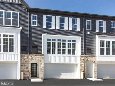 Lancaster PA Townhouse For Sale: $254,990