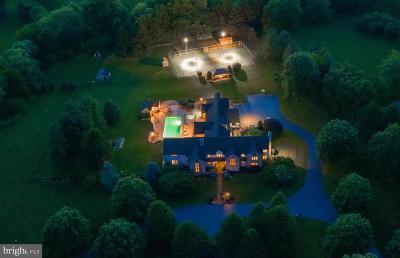 Lititz Single Family Home For Sale: 555 Stonehenge Drive