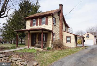 Strasburg Single Family Home For Sale: 26 Funk Street