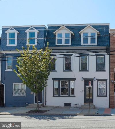 Lancaster County Multi Family Home For Sale: 422 N Queen Street