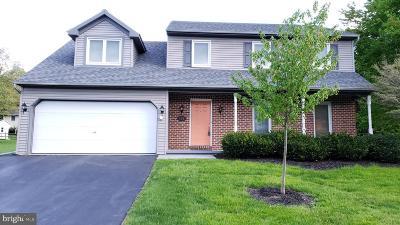 Lititz Single Family Home For Sale: 106 E 6th Street