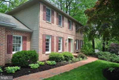 Lancaster Single Family Home For Sale: 308 Winding Hill Drive