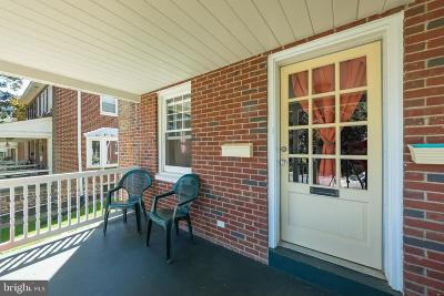 Lancaster PA Single Family Home For Sale: $143,000