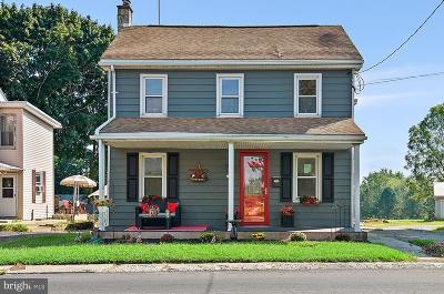 Lititz Single Family Home For Sale: 11 Church Street