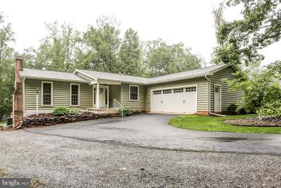 Elizabethtown Single Family Home For Sale: 6045 White Pine Drive