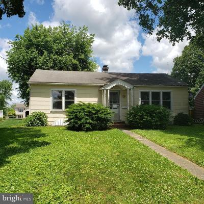 Quarryville PA Single Family Home For Sale: $169,900