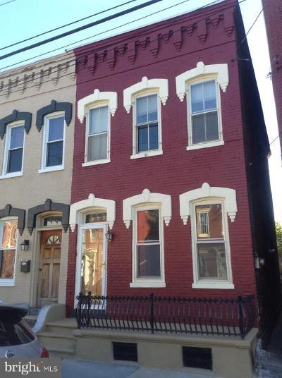 Townhouse For Sale: 614 Walnut Street