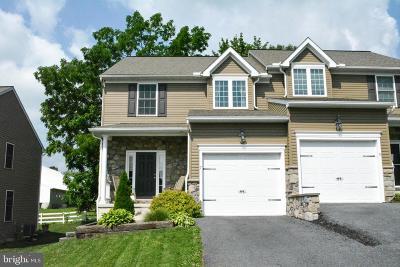 Single Family Home For Sale: 7 Regency Drive