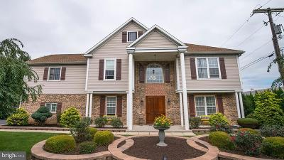 Lititz Single Family Home For Sale: 631 W Orange Street